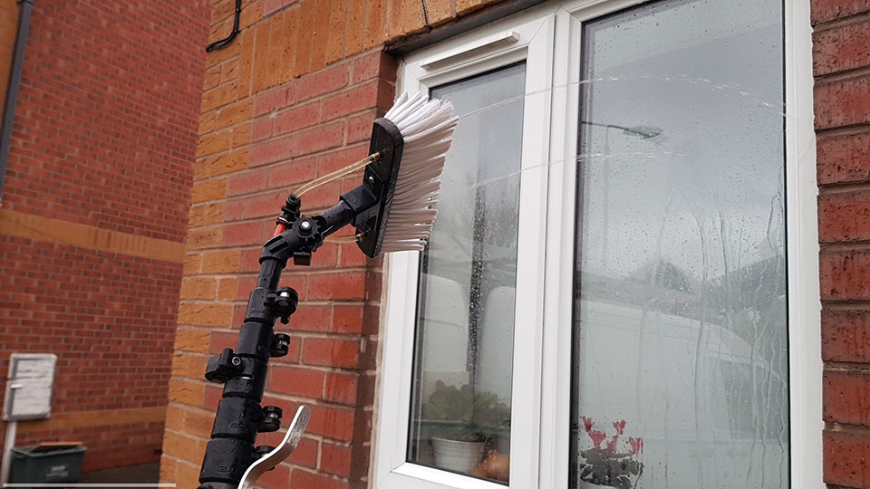 water fed pole system window cleaning